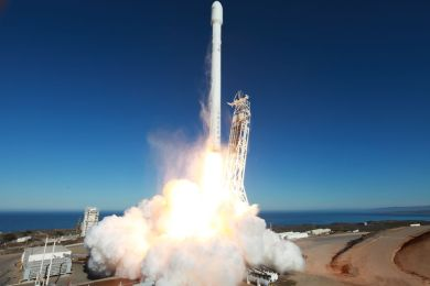 SEPTEMBER 29, 2013 PHOTO CREDIT — SPACEX LIFTOFF OF UPGRADED FALCON 9