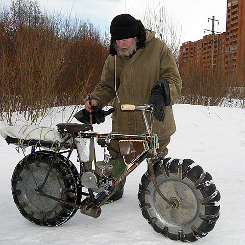 snow moto bike via askmichel.icoder.com