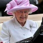 Шляпка — для королевы!