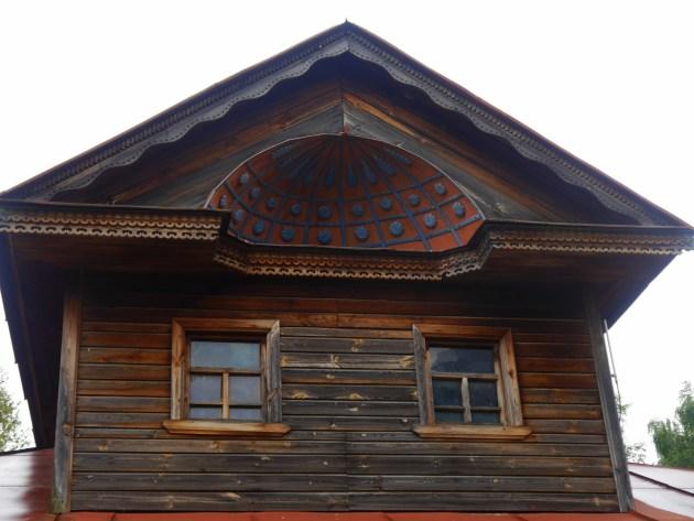 дом с мезонином в Суздале