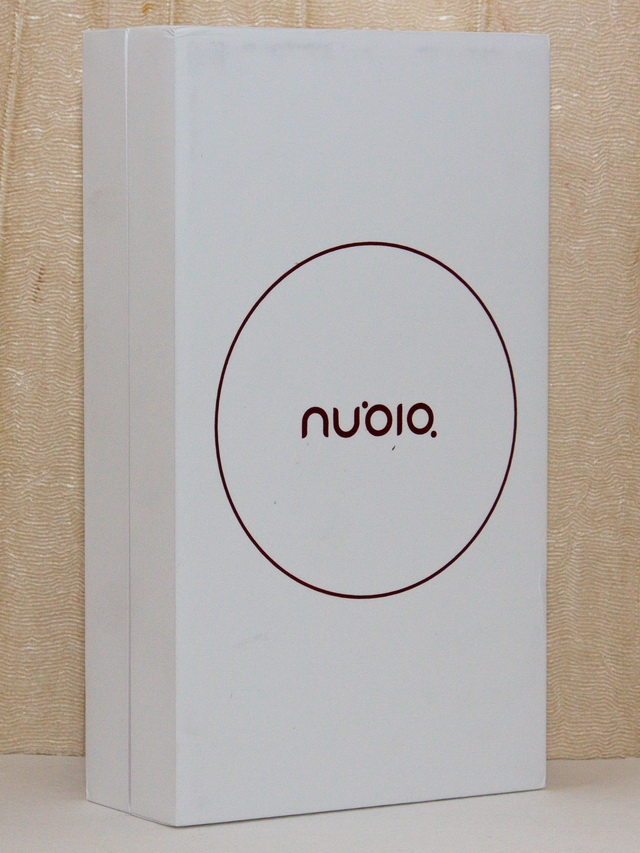 Nubia Z11 Mini Review - Box