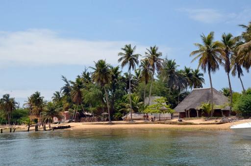 Luanda Isla Mussulo