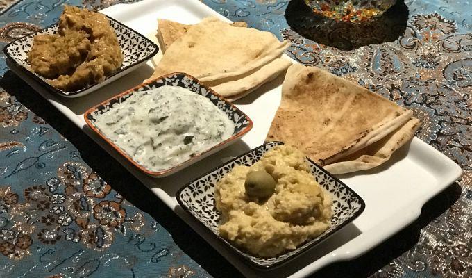 Pasárgada Kebab Grill & Bar: uma visita à culinária e cultura árabe