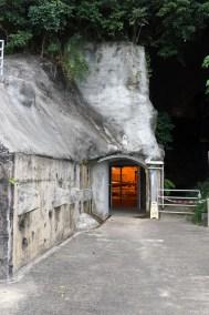 Caverne de la batterie lance-torpille de type Brennan(3).JPG