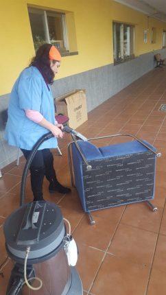 El EQUIPO DE LIMPIEZA EN ACCIÓN