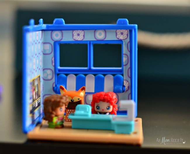 My Mini MixieQ's Playsets