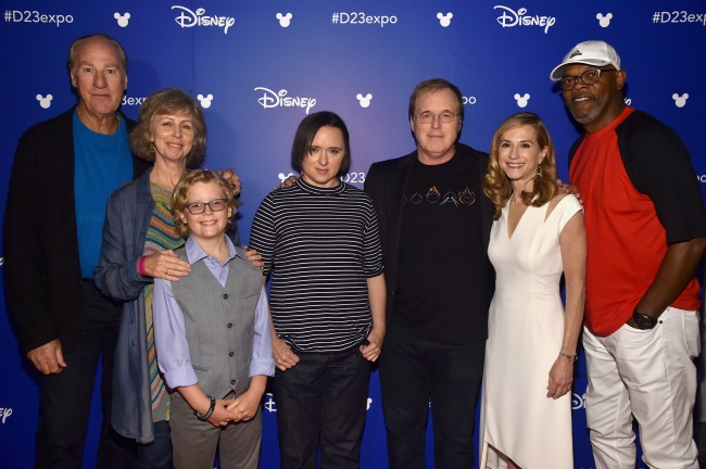 The Incredibles cast reunite for the first time during D23 Expo.