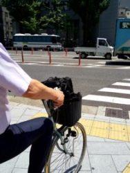 見た目にも暑苦しいサイクリング