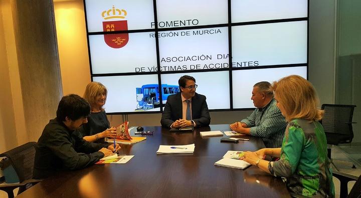 Asociación DIA colaborará con la Consejería de Fomento e Infraestructuras de la Región de Murcia para incrementar la seguridad vial en el transporte escolar y en el ámbito laboral