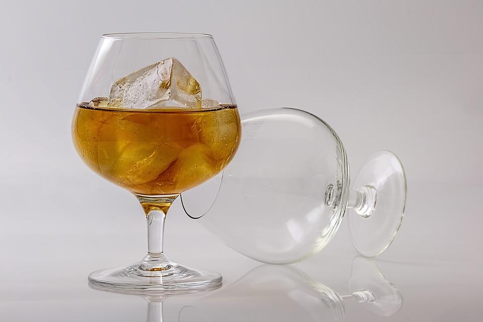 Celebramos un mayor castigo para reincidentes en consumo de alcohol y drogas