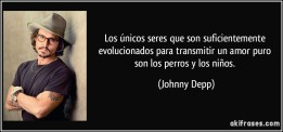 frase-los-unicos-seres-que-son-suficientemente-evolucionados-para-transmitir-un-amor-puro-son-los-perros-johnny-depp-109051