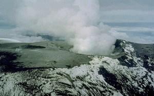 Nevado_del_Ruiz_summit_1985_-_Marso