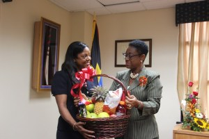 PS-makes-presentation-to-Mrs-Kolade