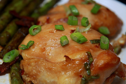 Garlic and Soy Baked Chicken Thighs