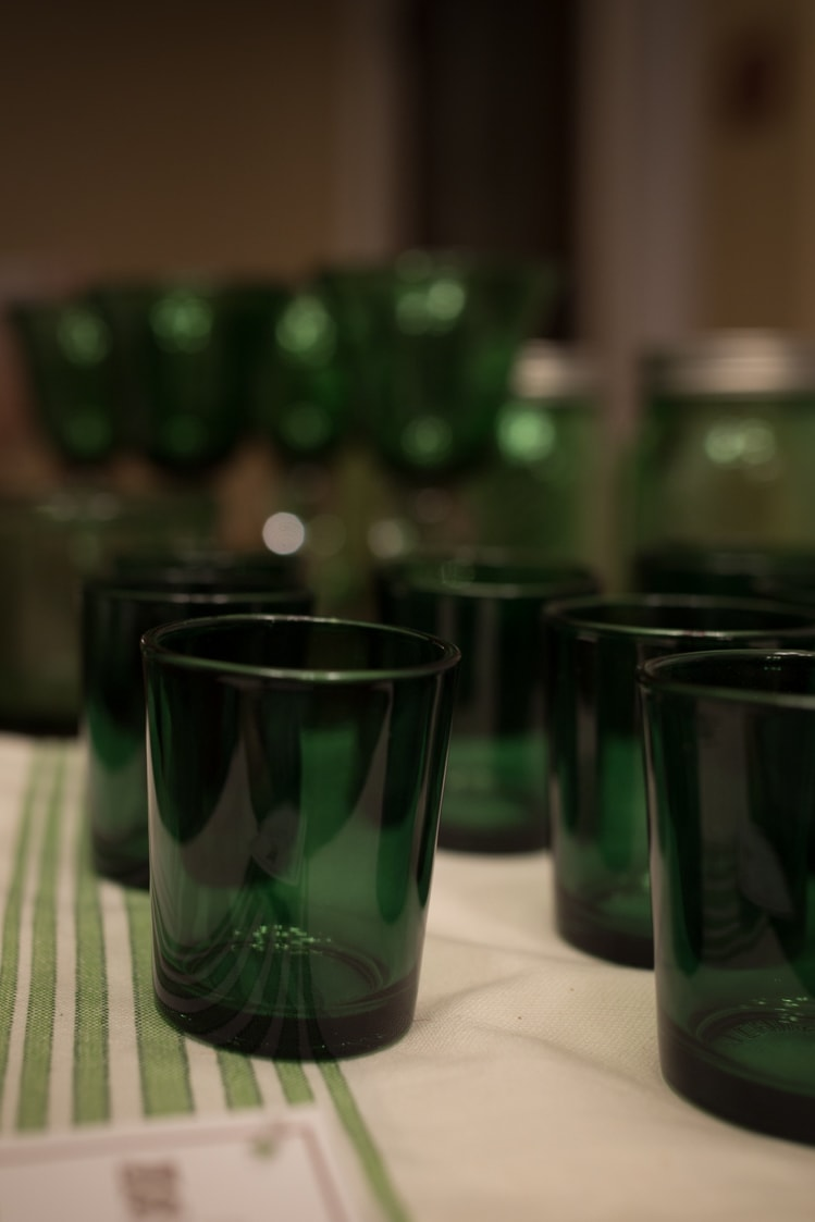 green votive candle holders for dinner en green