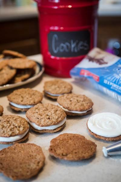Delicious Homemade Oatmeal Cream Pie Cookies