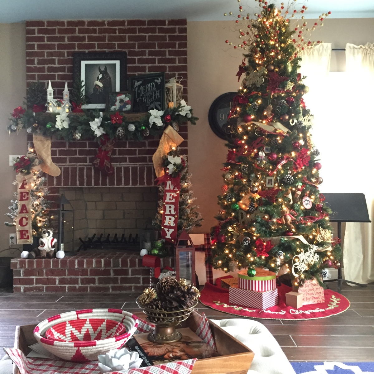 Budget Christmas Decorating Ideas: Budget Friendly Holiday Decorating Ideas