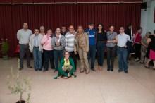 Grupo de ASPAPROS, alcaldesa y su equipo de gobierno.