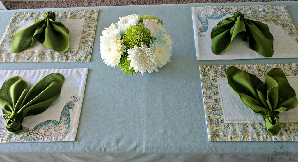 Simple Peacock Table Decor