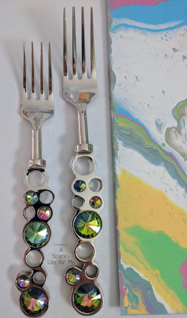 Rainbow Bubble Silverware for a Unicorn Party with Rainbow Marble DIY Placemats