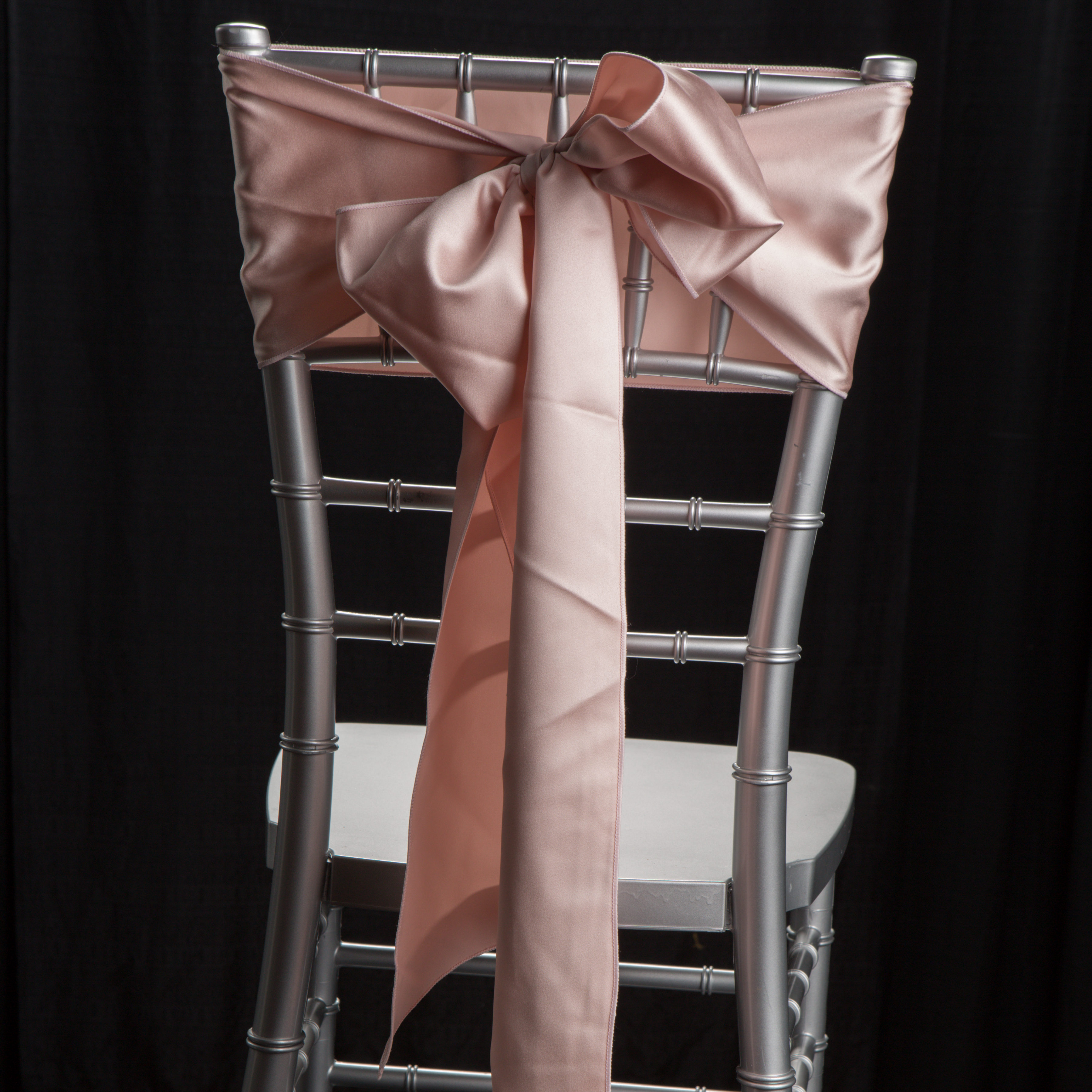 rent tablecloths and chair covers near me best heavy duty barber chairs linen rentals cincinnati linens for a ands party rental