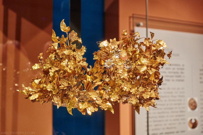 gold wreath at Thessaloniki archaeological museum