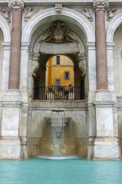 Fontana dell' Acqua Paola Trastevere, Rome