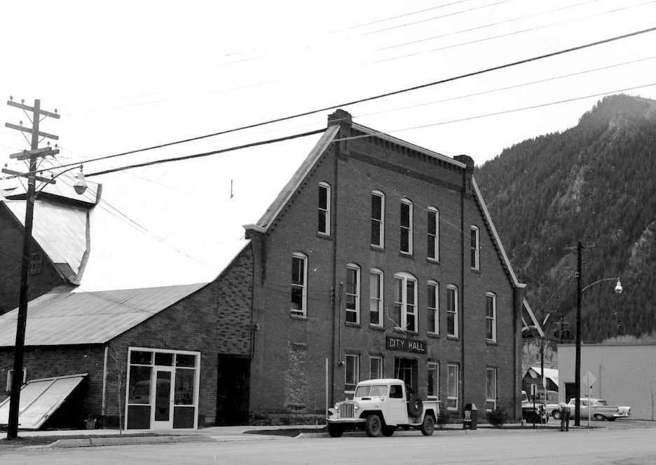 City Hall in Aspen in 1956, on an unpaved Galena Street. When engineer Dale Rea drafted a water plan for Aspen in 1956, the town was still a fairly quiet place.