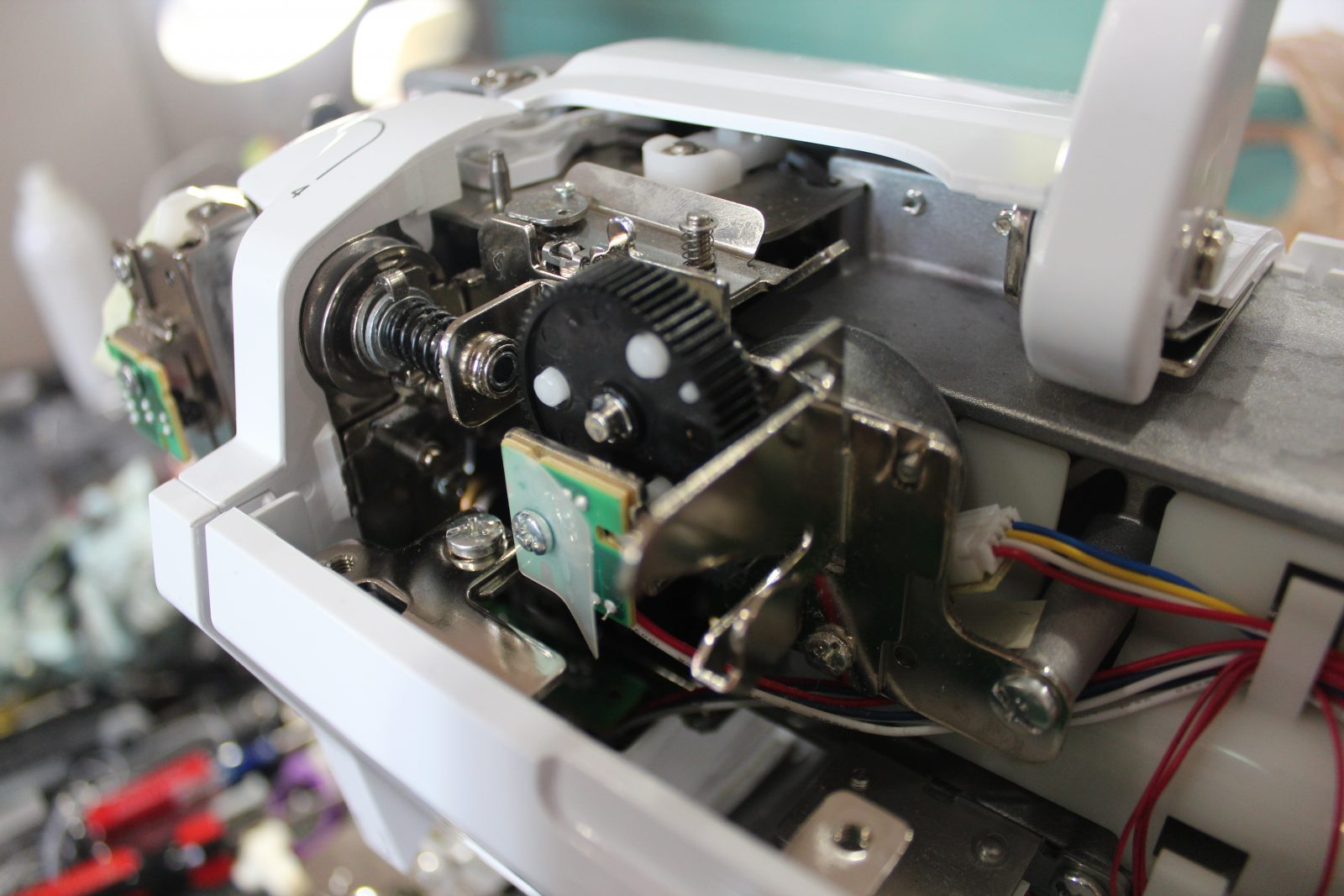 hight resolution of maintaining your sewing machine