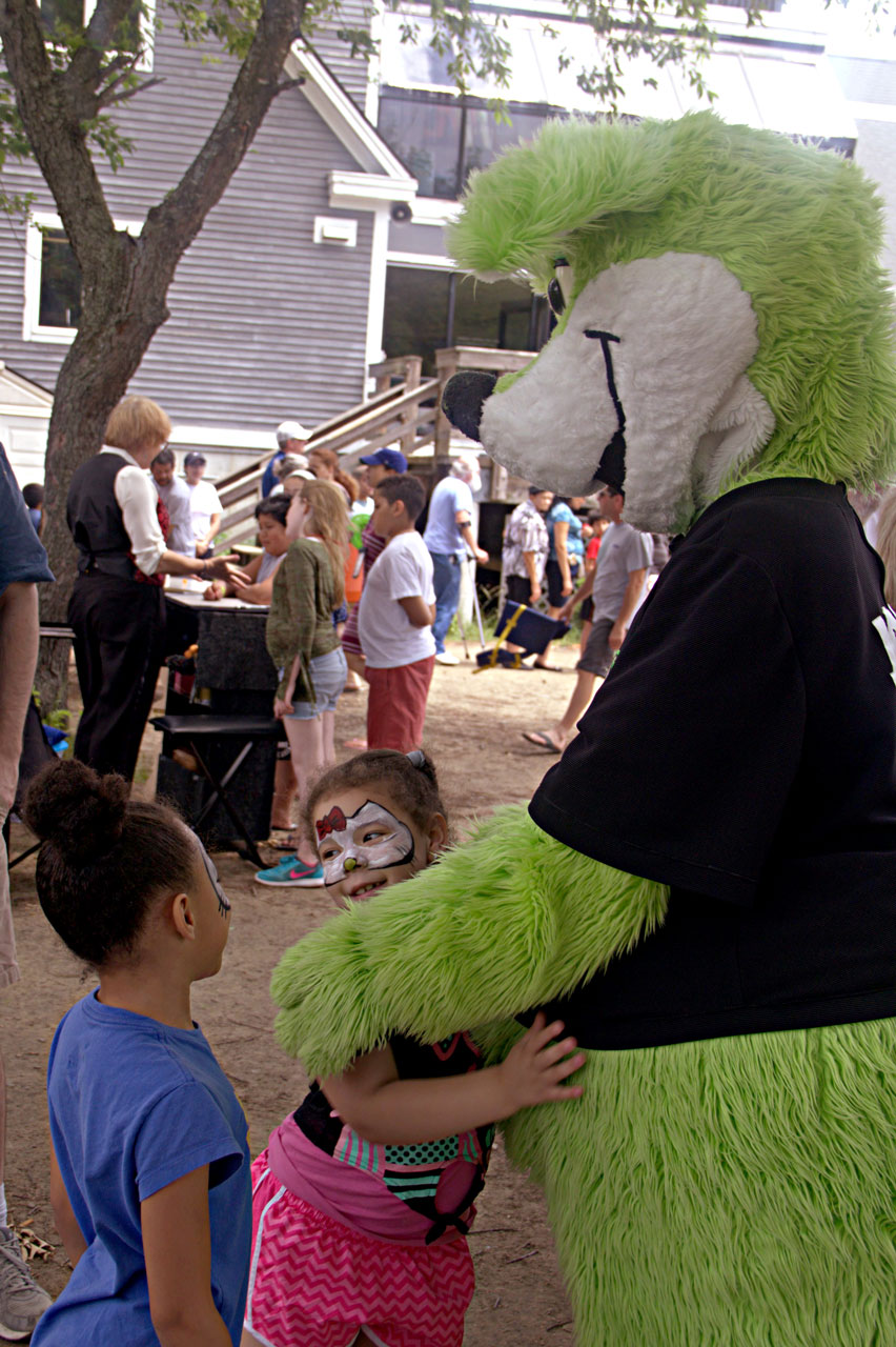 Children with mascot
