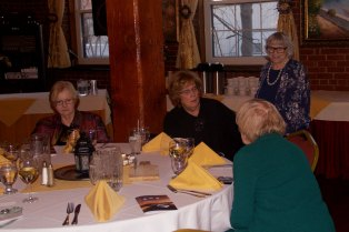 Peggy Toomey, Penny Davis, Jean Sanders, Kay Herlihy (back to the camera)