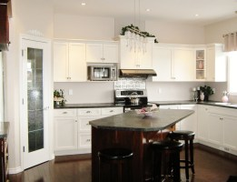 How to Create a Stylish Kitchen in a Small Space   aspire ...