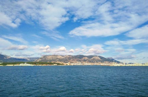 view of toulon with sea and mountain