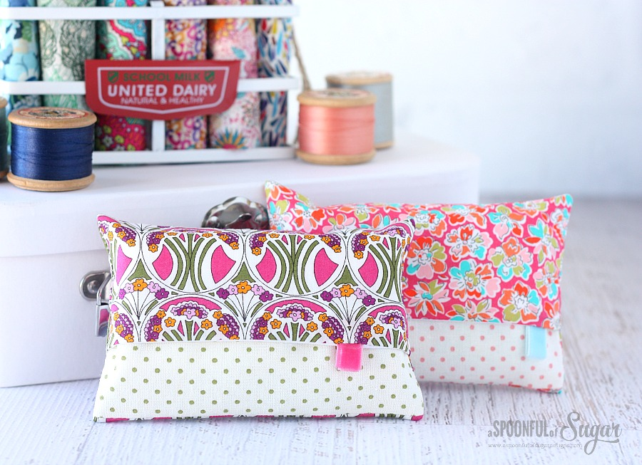 Liberty Tissue Cover sewing tutorial by www.aspoonfulofsugardesigns.com