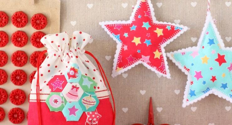 Christmas Retro Drawstring Bags
