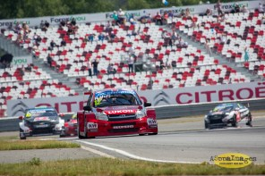 482014.WTCC.Lada.Team.Race.Day.Seryogin.ASppa.Images