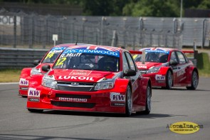 852014.WTCC.Lada.Team.Race.Day.Seryogin.ASppa.Images