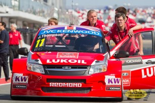 92014.WTCC.Lada.Team.Race.Day.Seryogin.ASppa.Images