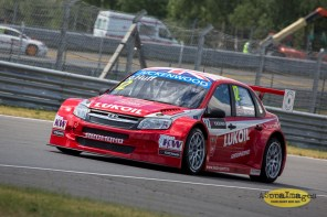 932014.WTCC.Lada.Team.Race.Day.Seryogin.ASppa.Images