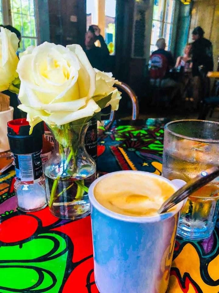Cafe con leech at Blue Heaven