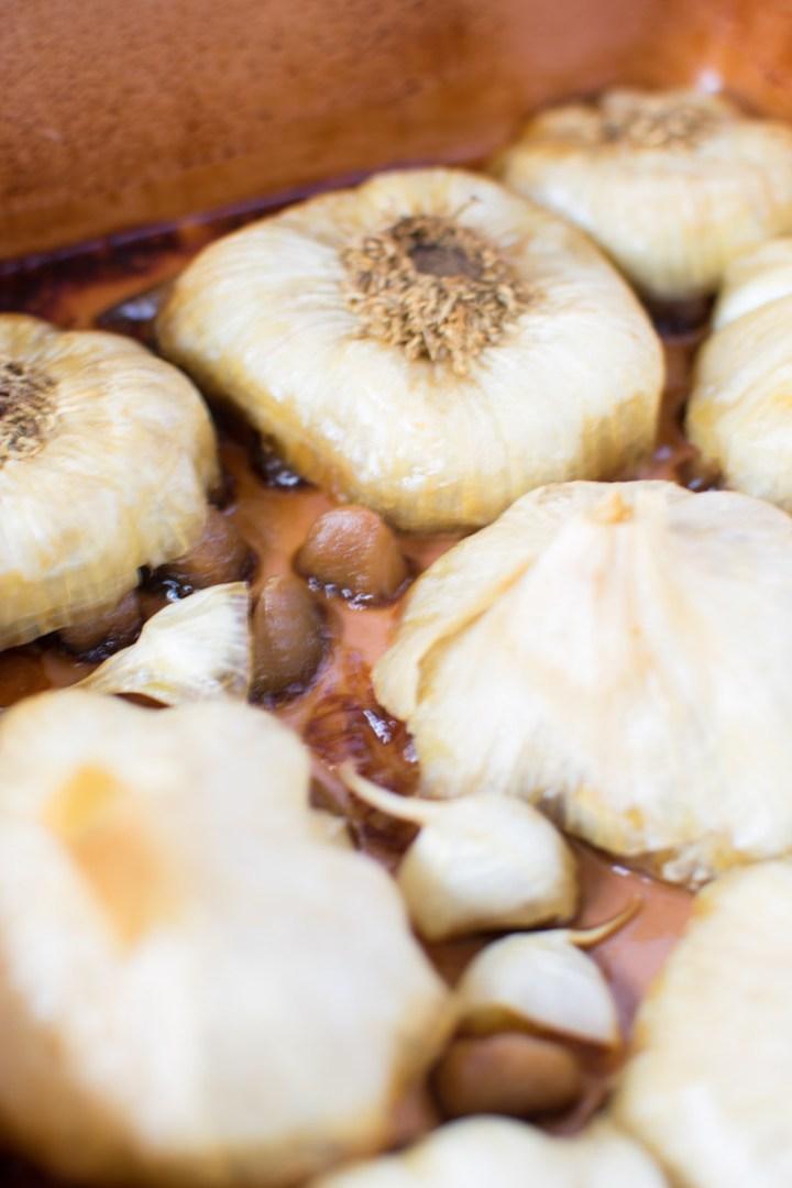 Close up of garlic when done | asprinkleandasplash.com
