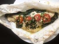Louisiana Redfish en Papillote | https://asprinklingofcayenne.com