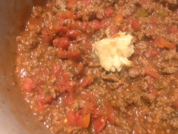 Homemade Bolognese sauce for Gluten Free Italian Pasta Bake from A Sprinkling of Cayenne. | https://asprinklingofcayenne.com