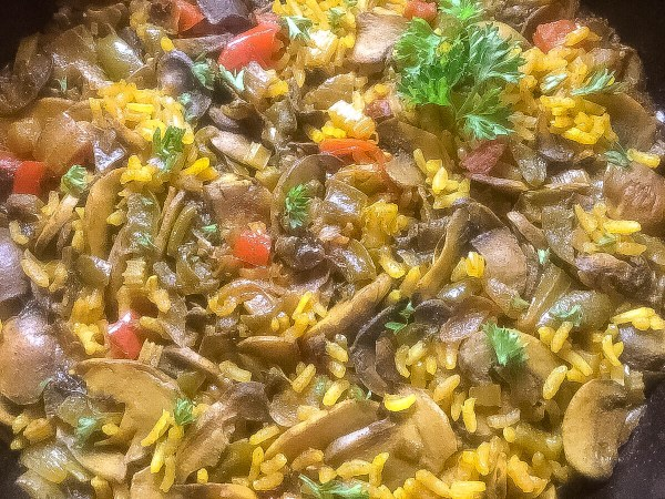 Close-up of Cajun Trinity Turmeric Rice With Mushrooms | http:\\asprinklingofcayenne.com