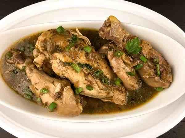 Paleo Cajun Chicken Fricassee from A Sprinkling of Cayenne. | https://asprinklingofcayenne.com
