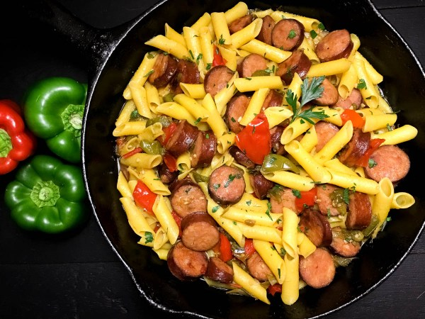 Close-up of Gluten Free Cajun Sausage and Peppers Pasta from A Sprinkling of Cayenne food blog. | https://asprinklingofcayenne.com