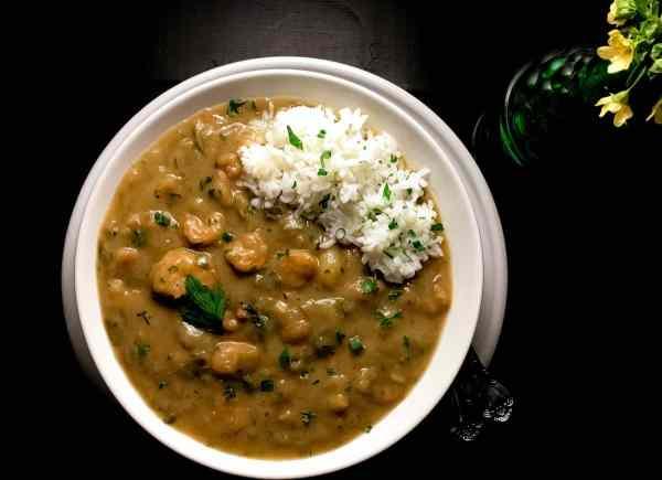 Gluten Free Cajun Shrimp Stew from A Sprinkling of Cayenne food blog. | http://asprinklingofcayenne.com