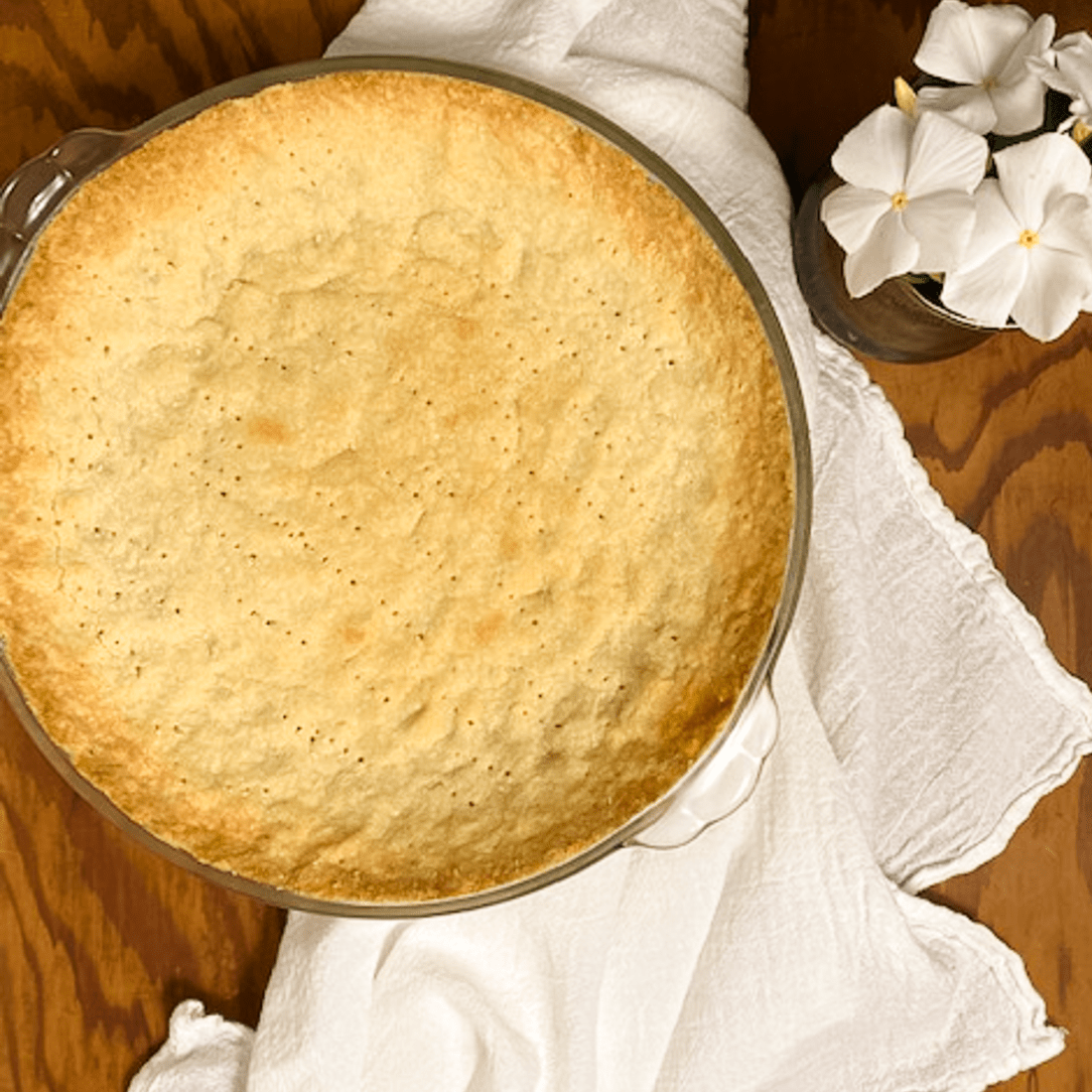 Square shot of 4-ingredient almond flour pie crust