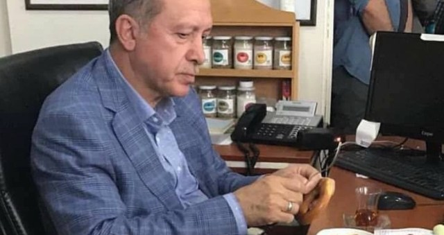 شاهد أين تناول أردوغان سحوره وماذا قال؟