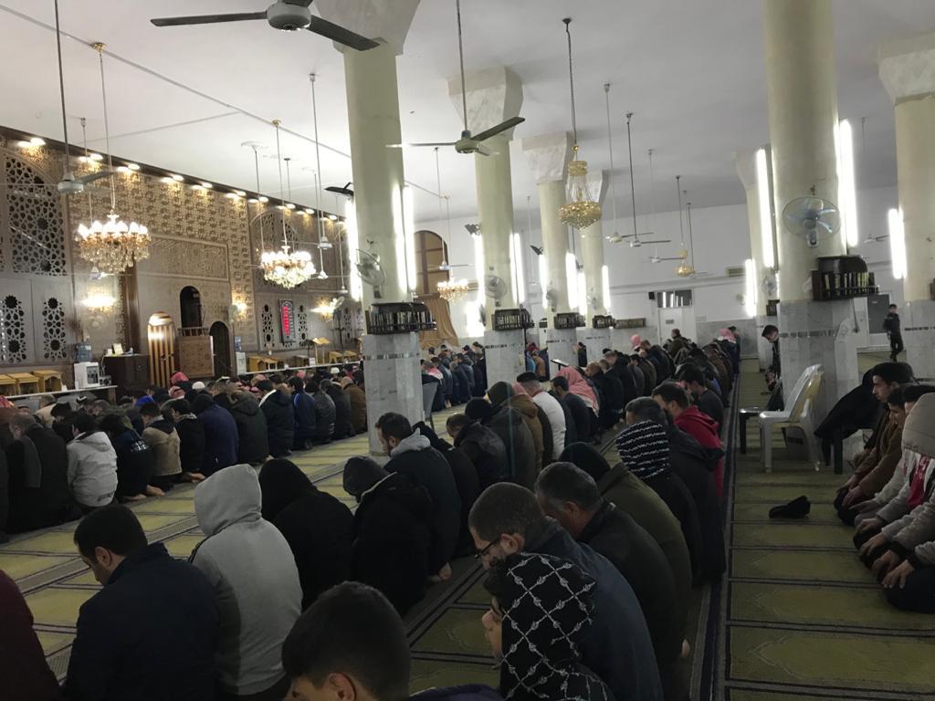 فجر الجمعة العظيم.. المصلون يملؤون مساجد في عمان واربد والزرقاء